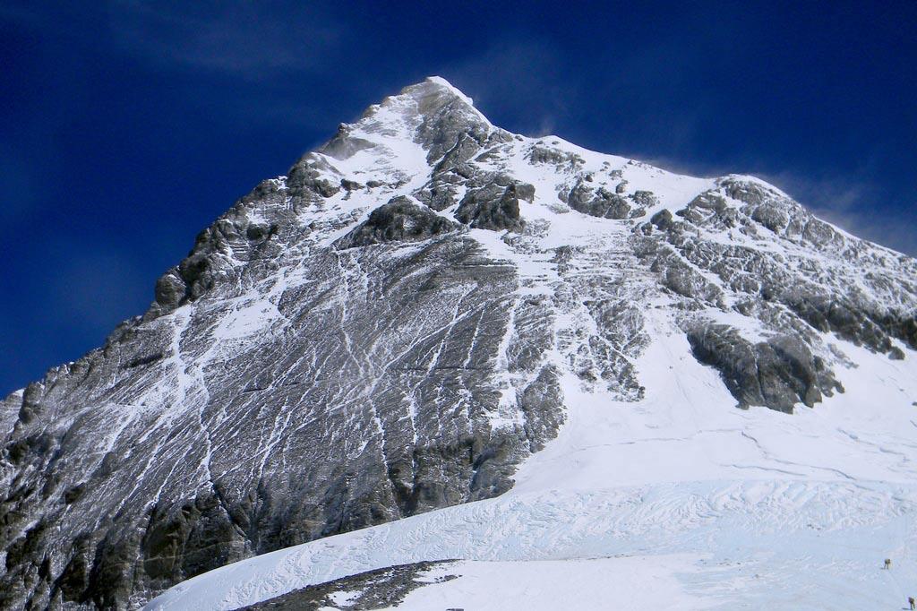 Эверест (Джомолунгма) — вершина мира