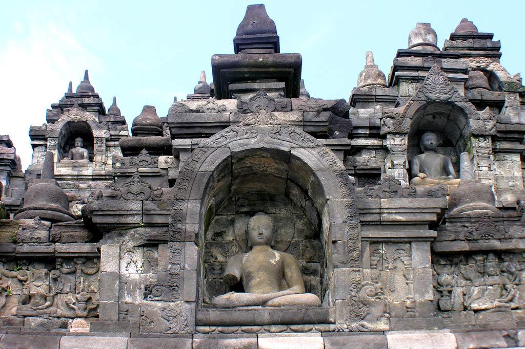 Боробудур - буддийская модель Вселенной
