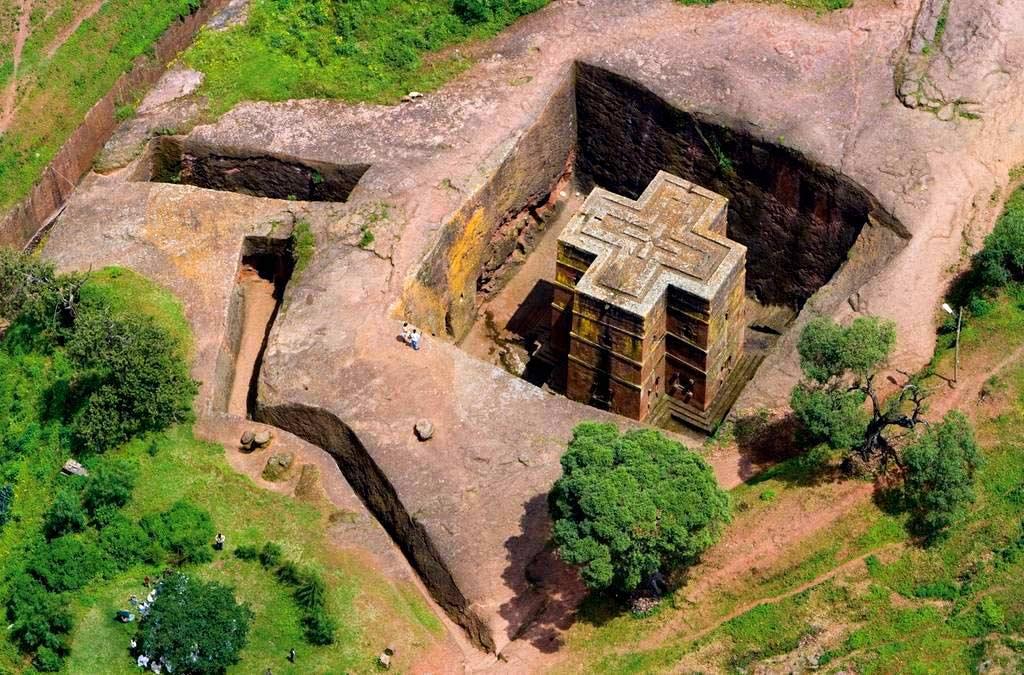 Скальные церкви Лалибелы: библейский оазис